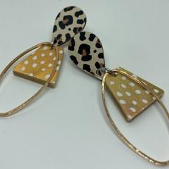 Gold/white dash earrings