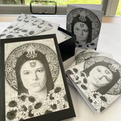 Chakra Alignment Series (Solar Plexus): Set of 4 cards & envelopes in a gift box