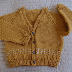 Size 4-5yrs :hand knitted cardigan; unisex, washable