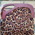 Leopard print handbag with wooden handle