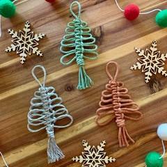 Mini macrame Christmas tree buy 3 get 1 free!