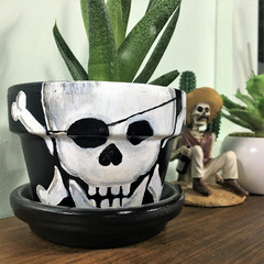Plant Pots - Skull and Cross bones - 2 sizes available - Choice of colour