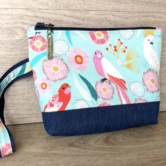 Gorgeous Australian Clutch with Wrist Strap - Matching Tote available