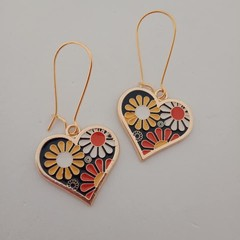 Gold blue red yellow and white heart and flower dangle fashion earrings
