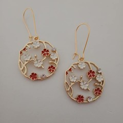 Gold red and white flower round dangle earrings