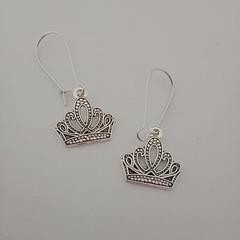 Silver crown charm fashion earrings