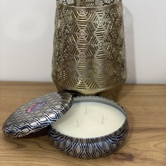 Large tin candle with lid in French Pear