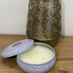Large tin candle with lid in Sinus Relief