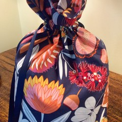 Native Bouquet Drawstring Bag