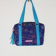 Lola - Blue Fireworks