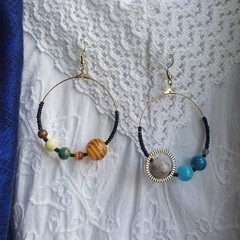 Half Orbit Earrings - colours of the universe