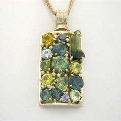 14ct Solid Gold Australian Sapphire Pendant