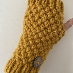 Mustard chunky  handwarmers ladies or men's texting gloves