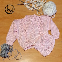 Baby set Hand Knit - Baby's set in Soft Pink -  Jumper & Beanie for 9-12 Months