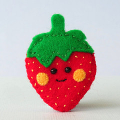 Felt Strawberry brooch, smiley berry fruit, handmade strawberry pin
