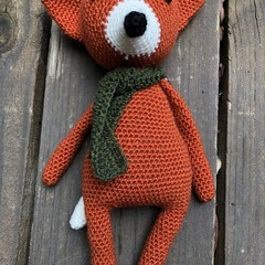 Finley the Fox design and patter by Jojilie