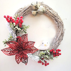 Red Pointsettia & Berry Wreath - Traditional Christmas Decor - Christmas Gift