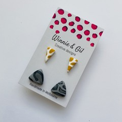 Two pack triangle studs
