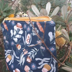JOCELYN PROUST NAVY NATIVES  FABRIC COSMETIC BAG/TOILETRY BAG