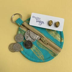 Round Coin Purse and Earrings Gift Set
