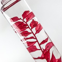 HANDMADE FLORAL DECOR BY EN FLOR - THE ITALIAN RUSCUS LEAVES BOTANICAL BOTTLE