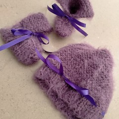 Newborn Booties and Beanie Set