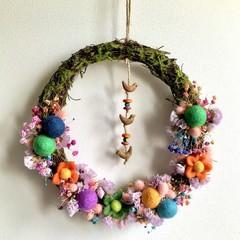 Springtime wreath - Dried & felt flowers- Clay birds - 20cm