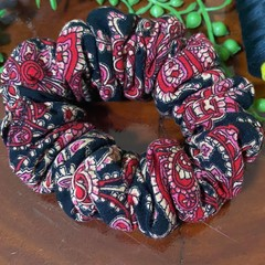 Red Paisley Design Scrunchies