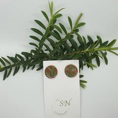 Plant studs