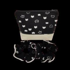 Pretty Black & White Cat Head Fabric Women's Makeup Zipper Pouch Scruchies