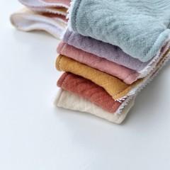 Dusty pink Muslin bandana bib