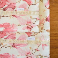 2x Matching Cotton Pillow Cases - Magnolias