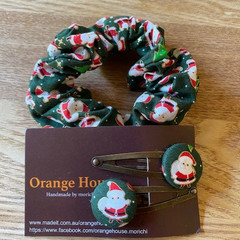 Christmas Scrunchy and hair pins gift set