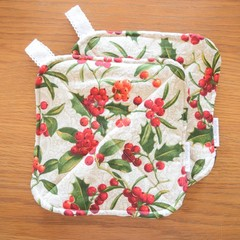 Matching Set of 2 Potholders - Christmas Holly