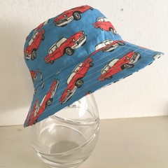 Boys summer hat in red classic car fabric