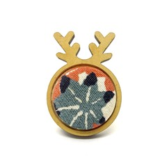 Kimono Christmas Reindeer Brooch