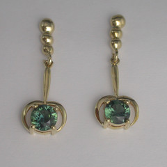 14ct Solid Yellow Gold Blue Sapphire Drop Earrings