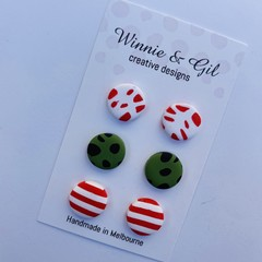 Three pack of 1.5cm Christmas studs.