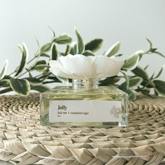 Jolly Reed Diffuser - Personalised self care gift box with eggnog fragrance