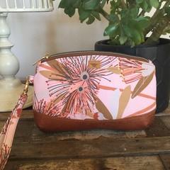 Clematis Clutch - Pink Gum Blossom/Tan Cork