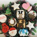 DECORATED CHRISTMAS BISCUITS