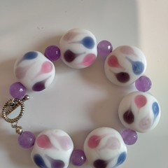 Pretty Pink and White Beaded Bracelet