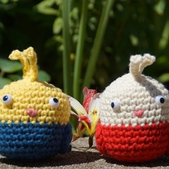 Crochet bird duo