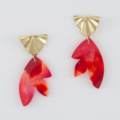 RESIN PETAL DROP EARRINGS WITH GOLD STUDS - RED/PINK SWIRL