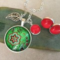 Cabochon Pendant - Red with Green