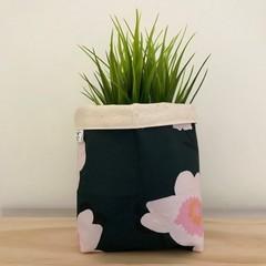 Small fabric planter | Storage basket | Pot cover | CAMELLIAS