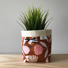 Small fabric planter | Storage basket | Pot cover | WILLY WAGTAIL