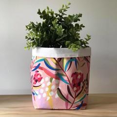Large fabric planter | Storage basket | Pot cover | PINK PROTEA