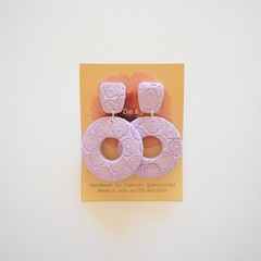 Lilac embossed lrg 2 piece polymer clay stud earrings