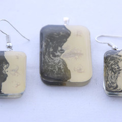 Hand Painted Black/White Ying/Yang Earrings and Pendant Set